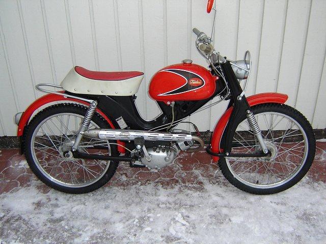 Sport moped 13